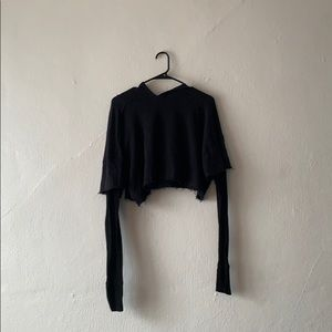 black UO long sleeve crop top!